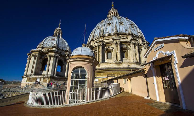 aziz petrus bazilikası vatikan roma