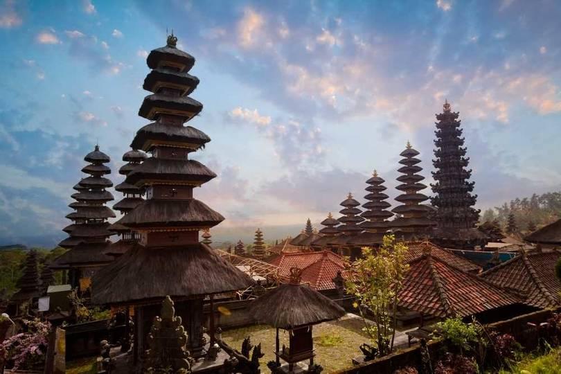 pura besakih tapınağı bali endonezya